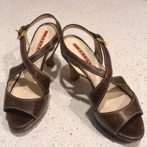 Prada Brown Leather Criss-cross Sandals 👡